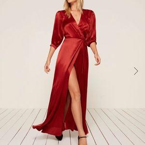 Olivine dress in crimson, size small.